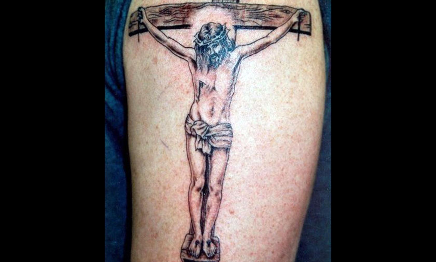 Тату христа на кресте фото