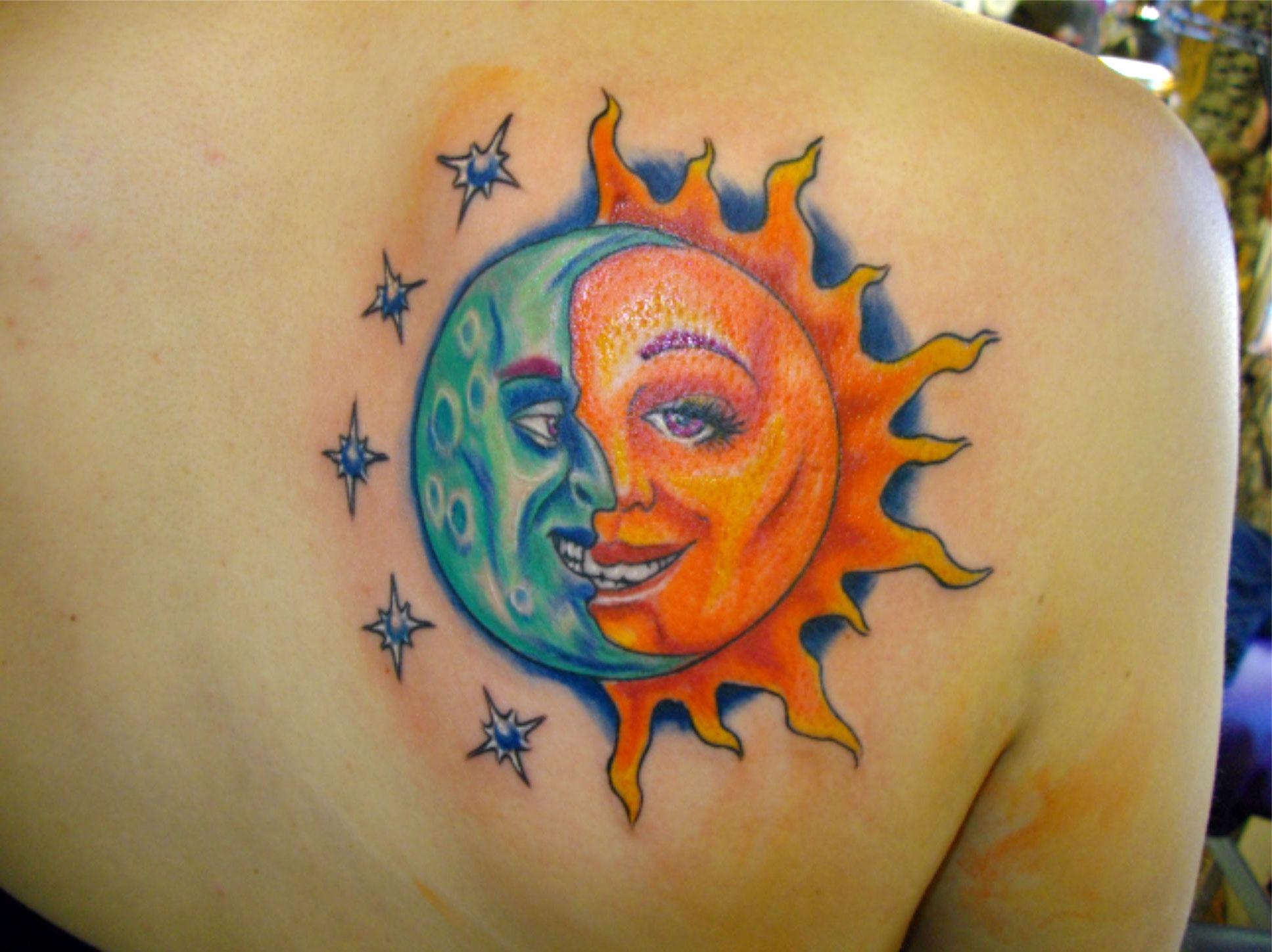 Татуировка солнце для девушек фото