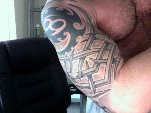 Mens Tribal Tattoos On Shoulders And Arms