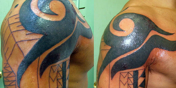 Tribal Shoulder Blade Tattoos