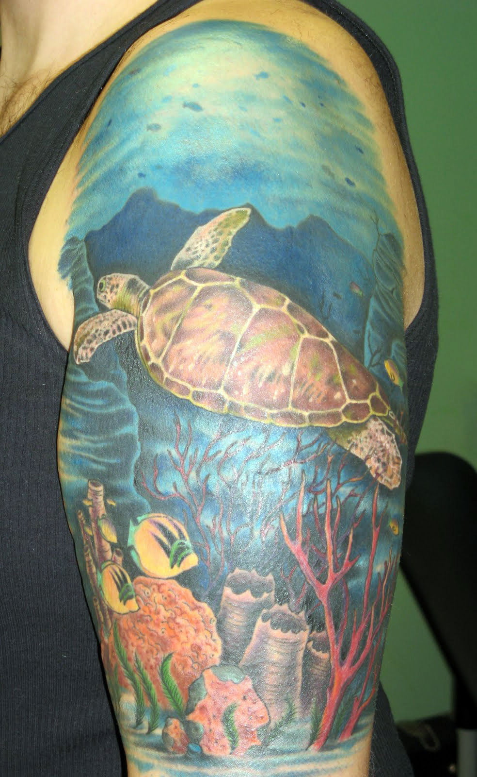 green sea turtle tattoos cool tattoos bonbaden. Black Bedroom Furniture Sets. Home Design Ideas